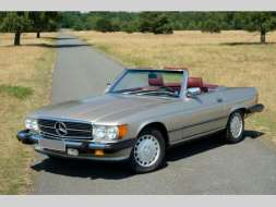 Mercedes-Benz SL 560
