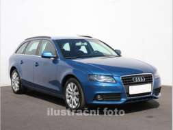 Audi A4 2.0 TDi Attraction, navi